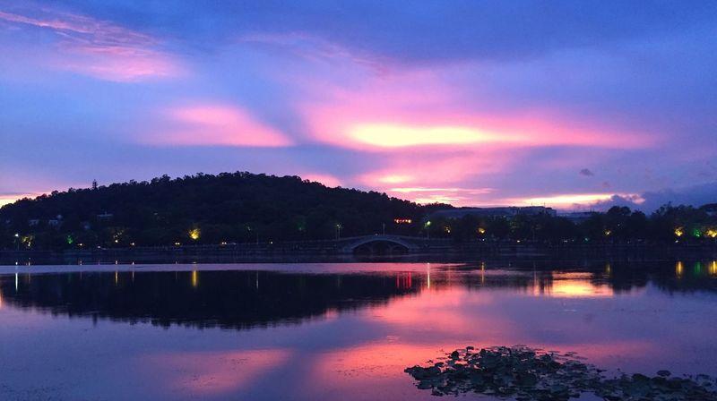 每一次的相遇,都如那夕阳般灿烂 P 沈汉克 First Eyeem Photo