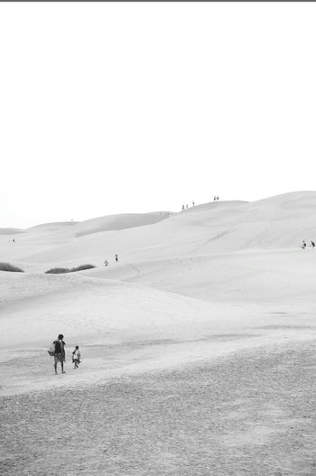 Blackandwhite Dune Mum And Child Walking Freedom Maspalomas Beach Tranquility Landscape Nature Desert Tourist Travel Destinations Seaside_collection People And Places People And Nature Landscape Photography Minimalist Photography  Way Of Life Dune Landscape Human Vs Nature Time To Reflect Change Your Life Free From Work Sunset Clear Sky