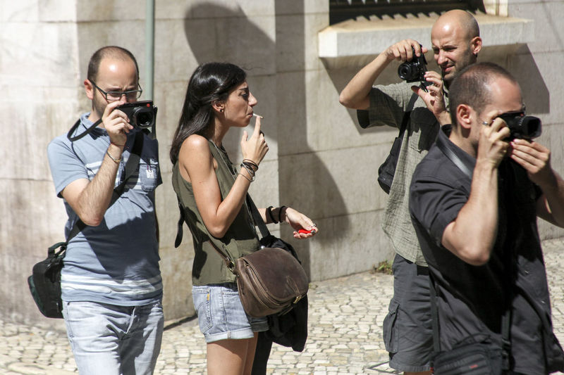 street photography, literally Camera Confusion Group People Photograph Smoking Girl Street Streetphotography