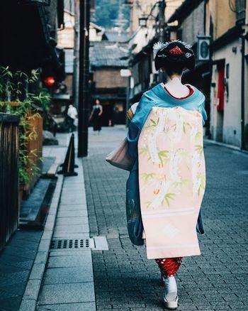 Geisha at Gion, Kyoto, Japan. Geisha District Japan Kimono Streetphotography Streetphoto Cultures Real People EyeEmNewHere EyeEmNewHere