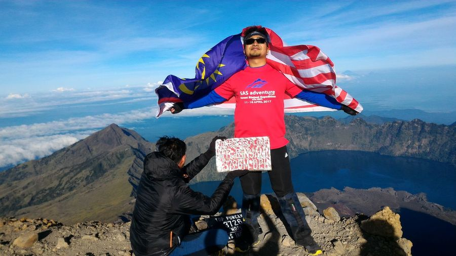 The Great Outdoors - 2017 EyeEm Awards Mountainrinjani DiscoverIndonesia Outdoors Malaysian Flag Hikersmalaysia