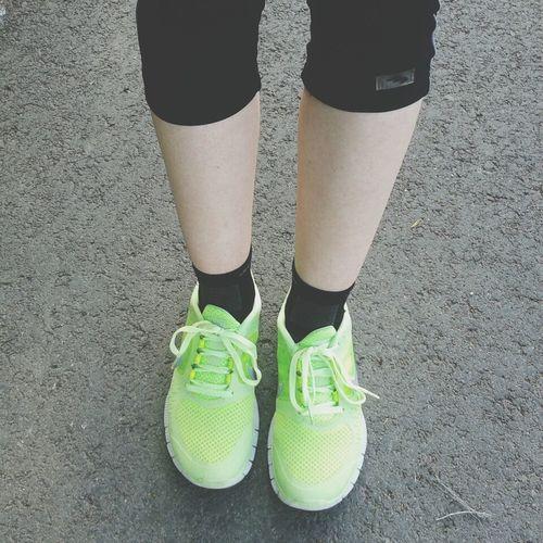 <3333 Nike Free Run  Neon Green