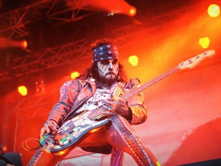 RockPhotography Rockphoto Robzombie Bassist