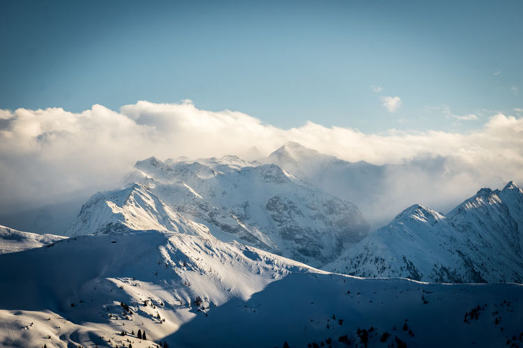 Winter Cold Temperature Mountain Snow Beauty In Nature Sky Cloud - Sky Scenics - Nature Snowcapped Mountain Mountain Range Tranquil Scene Landscape Tranquility Environment Non-urban Scene Nature White Color Mountain Peak Day No People Range