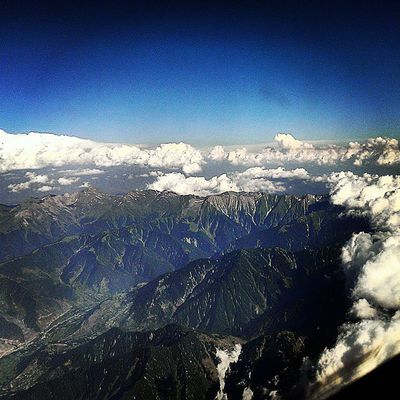 There isn't anything that can challenge them, even Clouds have to change course when there stands our mighty Himalayan Mountains Himalaya Mountain India Hills Indiapictures Indiatraveller Incredibleindia LPIndia Cloudsurfing Cloud Cockpitview Cockpit Flightdeckview Flightdeck Pilotlife Aviation Aviator Avgeek Avnerd Bluesky Instapilot Instaaviation piloteye eagleeyeview earth nature greenery