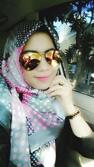 Smileeveryday Islamic Style Loveit Enjoyinglife  Happyday Photeoftheday Hijabstyle  That's Me