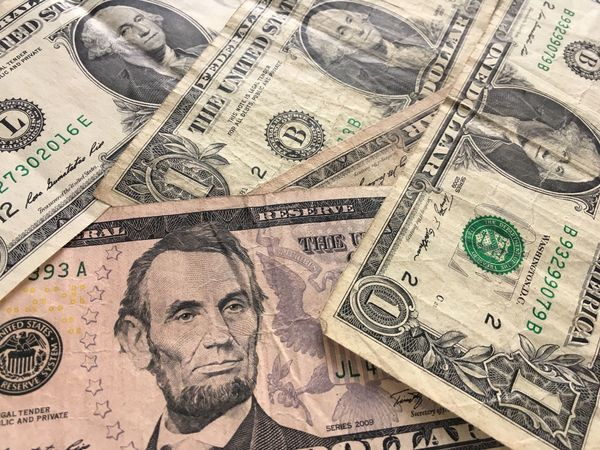 Us Bank Note Paper Currency Finance Currency Business Wealth Close-up Backgrounds Pattern Human Representation Paper Business Finance And Industry Investment People Body Part Human Body Part Human Face Dollar Sign Full Frame Economy