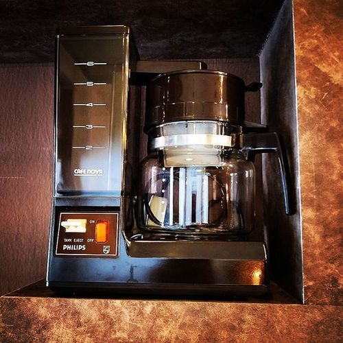 Digging from a flea market, who knw history of this coffee maker? Coffee Coffeemaker Coffeemachine Coffeeinloft Fleamarket Baristalife Americano Caffeine Cafebp