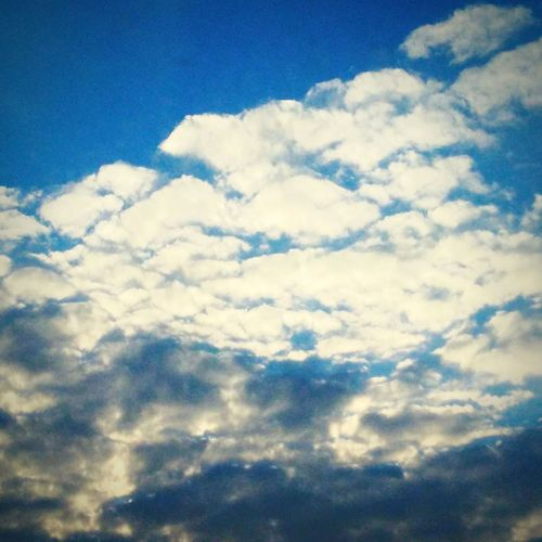 Cloud - Sky Sky Cloudscape Nature Sky Only Blue Low Angle View Beauty In Nature No People Day Outdoors Scenics Backgrounds Dramatic Sky Shades Of Winter