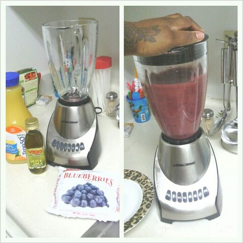 3Day Detox....at It Again Day#2....Orange Juice,Blueberries,and Olive Oil Blend