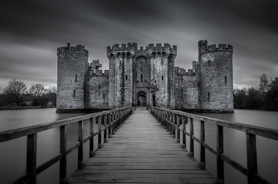 Castle Long Exposure Water Parallel Lines Blackandwhite Photography Black & White Monochromatic Bnw Monochrome Parallel Architecture Bodiam Castle Old Old Buildings Bridge Stone Building Black And White Friday
