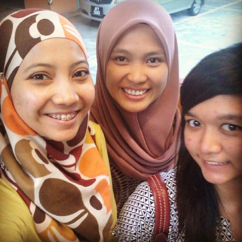 Canwhoreeeee before going to berbuka 1U @shzwniznal @izzatiarshad ♡♥♡
