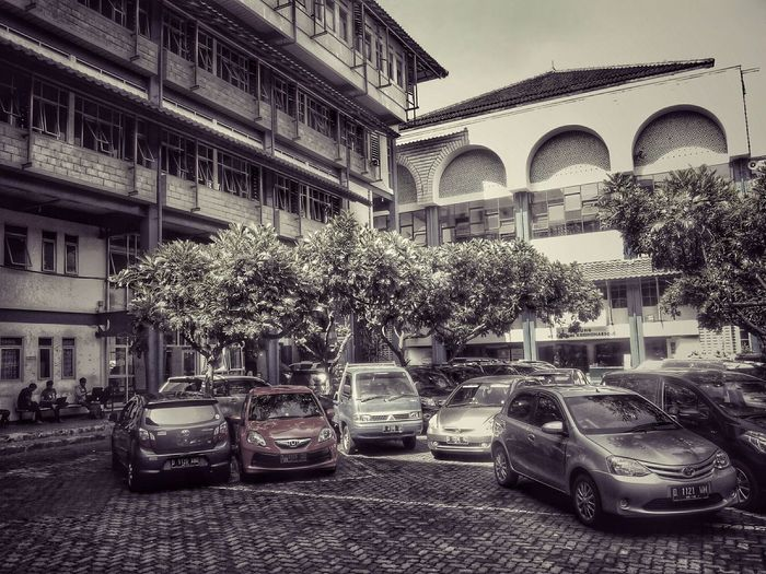 Bandung Islamic University Buiding . Reupload this Old Buildings pict for better Edit . EyeEm Best Edits Campus PhonePhotography The Architect - 2015 EyeEm Awards