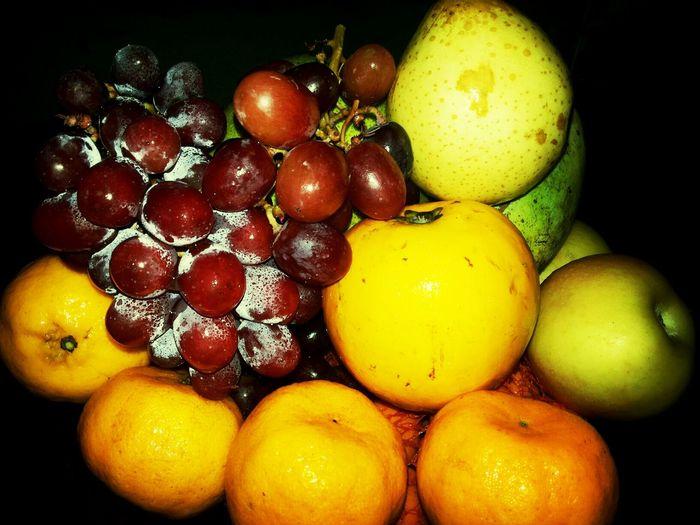 Fruit Basket. Fruits Colors Basket Fruitset