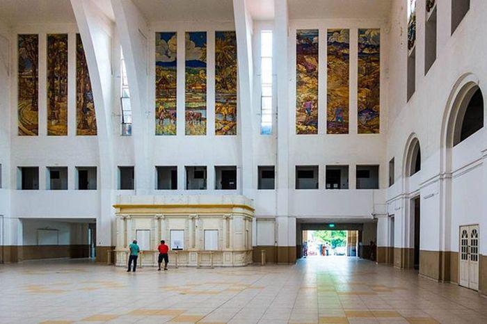 Inside the disused Tanjongpagar Railways station Singapore ASIA Architecture Sonyrx100iv Lightroom Sginstagram