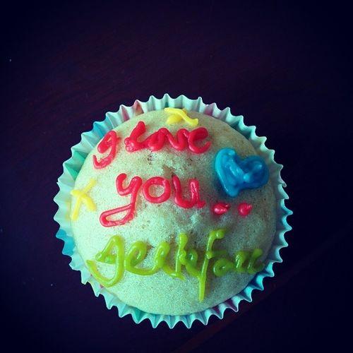 A cake my wife baked for me. Yummy Cake Jerkface Nexus5
