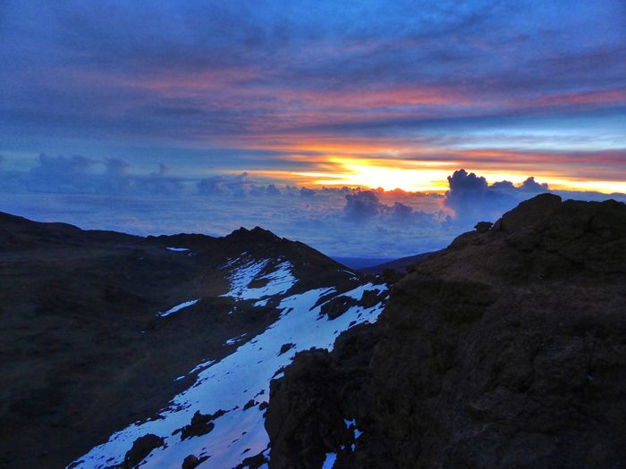 Summit Sunrise Clouds Mountains Kilimanjaro The Great Outdoors - 2015 EyeEm Awards Share Your Adventure Theadventurehandbook The KIOMI Collection Neon Life