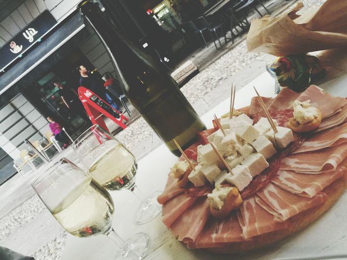 Taking Photos Relaxing Foodpics Foodpic Enjoying Life Foodart Foodphotography Foodporn Enjoying Life Food Photography Foodie Food Porn Foodblogger Foodstagram Food Porn Awards Foodlover Foodgasm Food Navigli