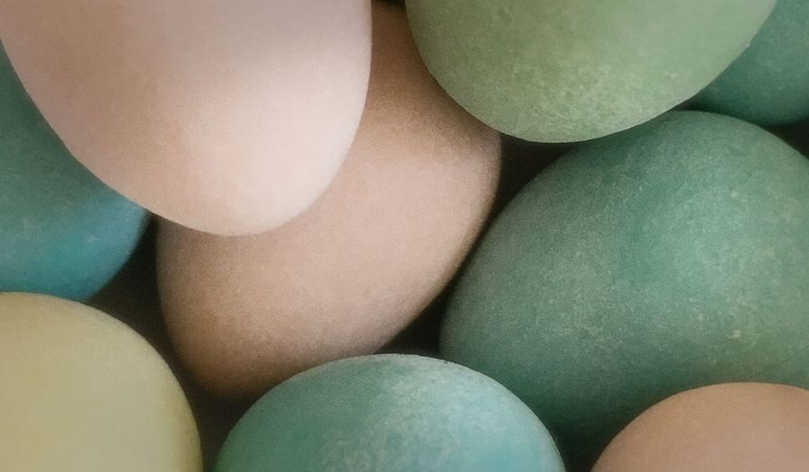 Soft Softlight  Muted Colours Spring Pastel Colours Pastel Shades Rounded Shapes Filltheframe Abstractions In Colors Soft Colours Soft Focus Close-up Indoors  Full Frame Green Color No People Multi Colored Backgrounds High Angle View Celebration Choice Egg Still Life Food Group Of Objects Abundance Variation