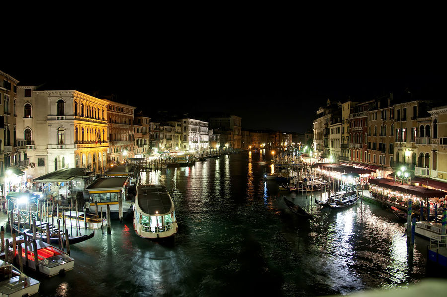 Gran Canal Architecture Boat Building Exterior Built Structure Canal City Illuminated Mode Of Transport Moored Nautical Vessel Night No People Outdoors Sky Transportation Travel Destinations Venecia Water