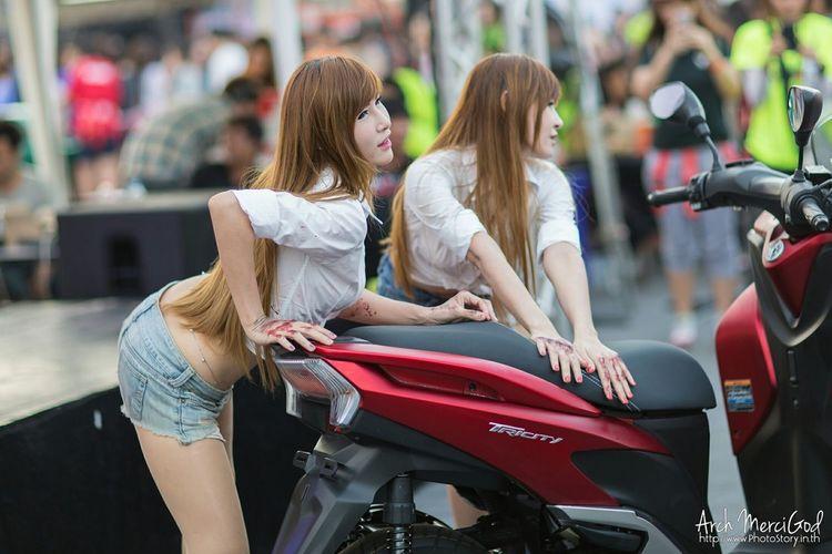 Run For Your Lifes Thailand http://www.photostory.in.th http://fb.me/ArchMerciGod Model Pose Portrait Cute Modelgirl Rfylth Beautiful Girl Sexygirl RFYL RFYLasia Candid