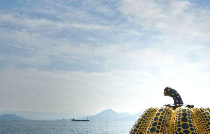 Pumpkin Yayoi Kusama Art Japan Sky Seaside 直島 なんかね… だった 😌