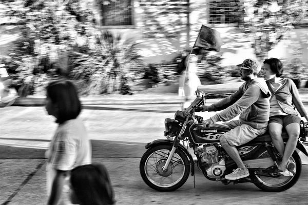 panning shot black and white Adult Baby Baby Stroller Babyhood Black & White Black And White Photography Black And White Street Photography Bonding Childhood Day Land Vehicle Men Outdoors People Real People Togetherness Women Adapted To The City The Street Photographer - 2017 EyeEm Awards