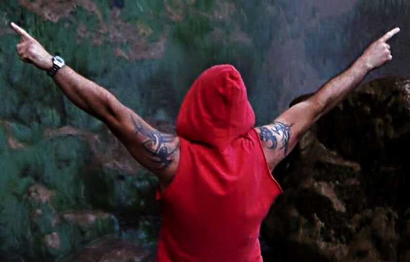 Peoplephotography Tattoos Hello World Red The World - My Hood The World Is Mine Living Life Red Hoodie Strongman Im Here!!