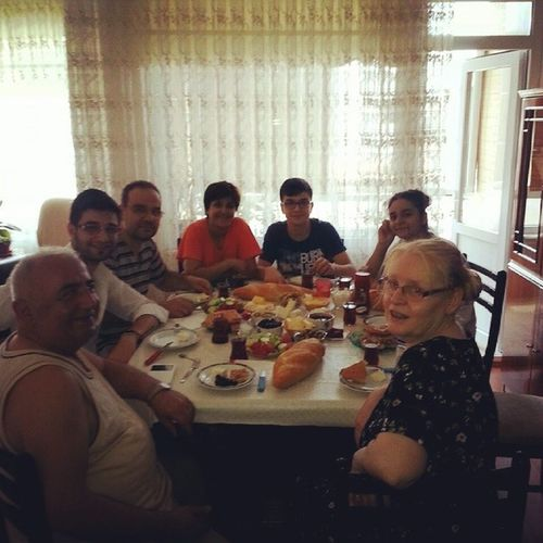 Family Breakfast BigFamily