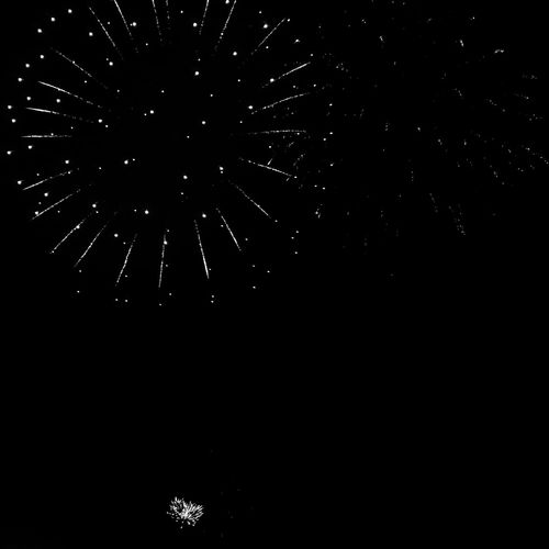 Firework Blackandwhite Hello World maybe the life as like as fireworks,the time is very short but lit up the night that's enough.