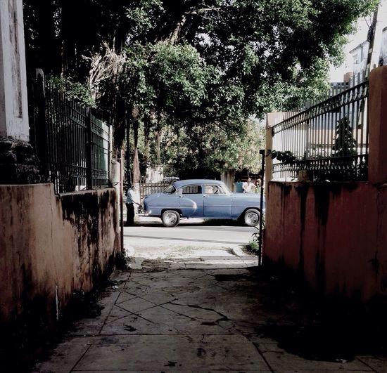 Retro moment in Havana Enjoying Life Streetart Walking Around Picoftheday
