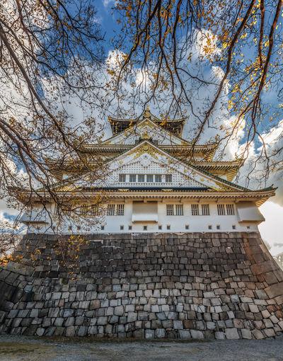 osaka castle ASIA Japan Osaka Castle Architecture Building Exterior Built Structure Day Landmark Nature No People Outdoors Sky Travel Destinations Tree