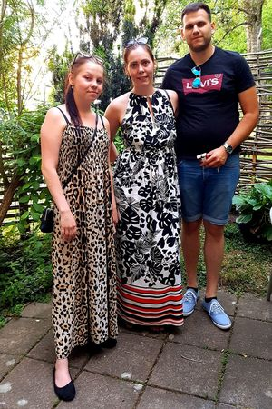 Dressed -up Daughters Party-time The Fashion Summer 2018 In Sweden Beutiful Young Adults Long Dresses Hot Hot Hot My Babies The Fashion Photographer - 2018 EyeEm Awards Portrait Young Women Tree Togetherness Standing Child Friendship Happiness Looking At Camera Hippie