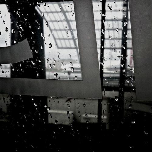 Urban Geometry Monochrome Rainy Day Traveling