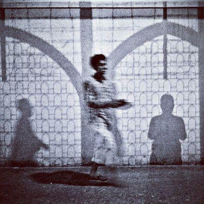 Street Streetphotography Light Shadow Pattern Streetlife Jj_forum Instagramers Instamood Instago Instagood Dhaka Imambara Bangladesh Kazi Tahsin Agaz Nightlife Night