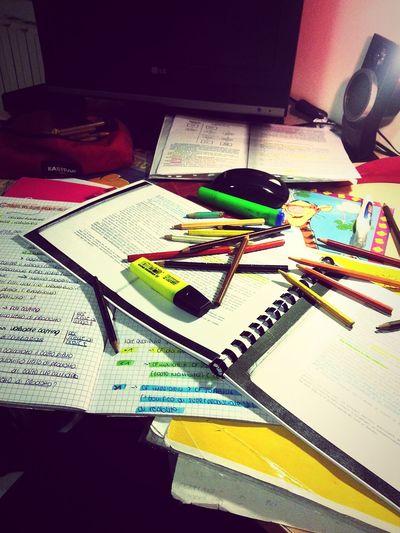 Studio intenso e disperato Studing Working Hard Lifestyle University EconomySchool First Eyeem Photo