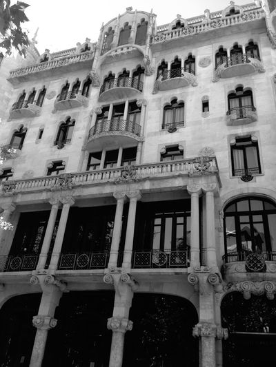 Barcelona Hotel Walking Around