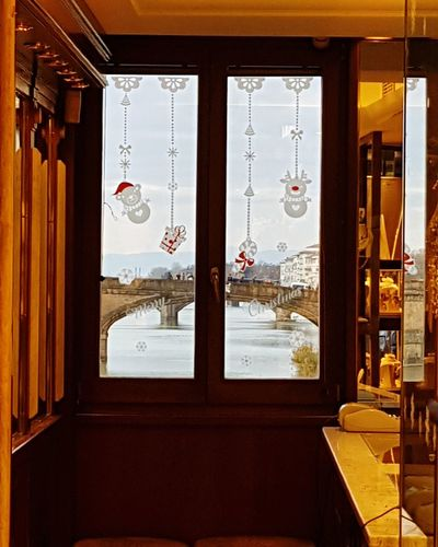 Through the store from the Ponte Vecchio bridge Window Ponte Vecchio - Firenze Ponte Santa Trinita Jewelry Store Through The Window Bridge Point Of View Florence Italy City Window Luxury Architecture Built Structure Open Door Door Entry