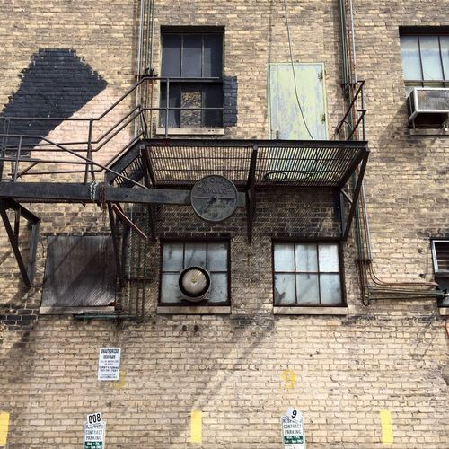 Architecture Window Built Structure Building Exterior City Day Outdoors City Life No People Balcony Fireescape Fireescapes Alleyway Streetphotography Urbanphotography Minnesotaphotographer Deterioration Alley