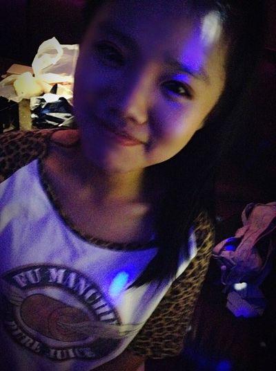 Hello World That's Me Enjoying Life Teenager Nightlife People Of EyeEm Faces Of EyeEm Relaxing Sin singing……