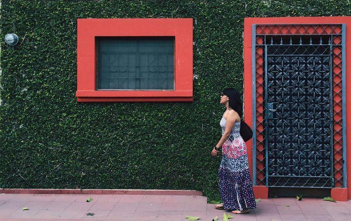 Green wall NEM Submissions Secret Garden NEM Street Street Photography Streetphotography Streetphoto_color NEM Architecture Design Architectural Detail Architecture