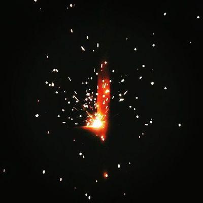 -Terpercik Bunga Api Perindu Spark Fire Embers LightMyFire Firesparks Fireburst Instamoment Instasparkle Instafire BungaApi