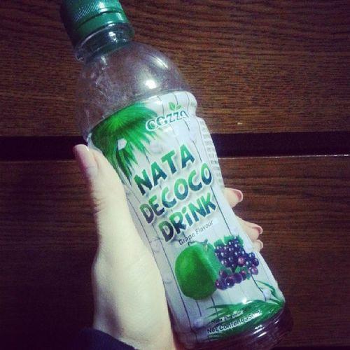 요즘 빠져버린 나의 음료수 ㅋㅋ Natadecoco DRINK Grape Flavour from Malaysia 최고의 맛은 사과-코코넛