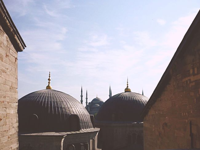 Travel stories: Istanbul.... Konstantinopolis Dome Architecture Built Structure Religion Spirituality Place Of Worship Building Exterior History Sky Day No People Travel Destinations Outdoors Hagia Sophia