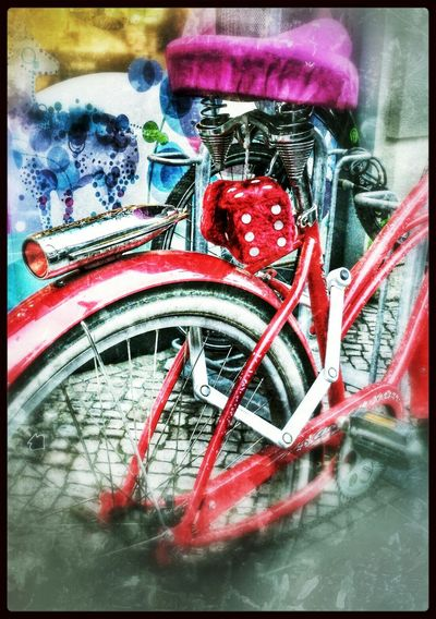 das fährt man heute...Pimpmydamenrad Bikeporn Redlover