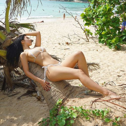 do u want sleep with me Relaxation Only Women Full Length Vacations Young Adult Beach Beauty Bikini One Woman Only Summer Sand Outdoors Lying Down Barefoot Beautiful Woman One Young Woman Only Adults Only Day Young Women Beauty In Nature FuckWithMe Sexylady NippleLove Fuckyeah Tits&pussy