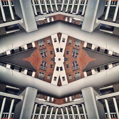 Symmetry Symmetryporn Symmetrybuff Abstracting_architects mirrorgram selondon silwoodestate concordeway