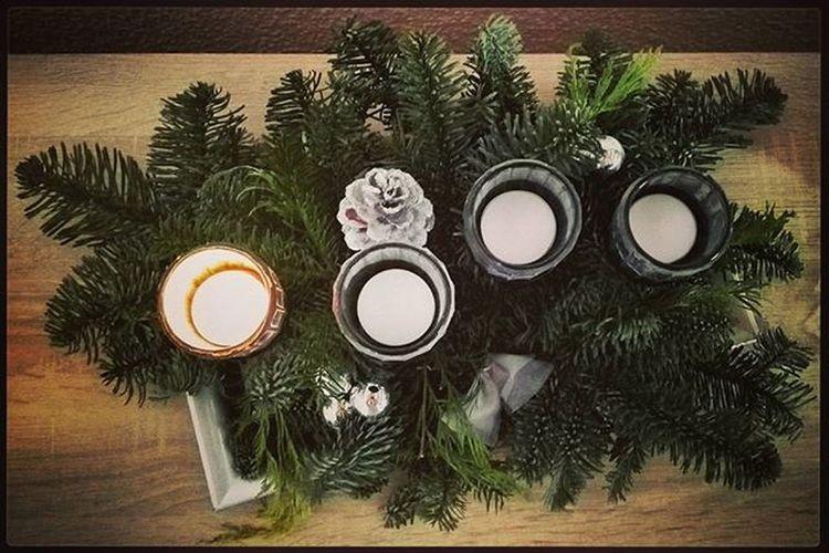 Wir wünschen allen Freunden, Verwandten und Bekannten einen besinnlichen ersten Advent. Advent Ersteradvent Weihnachtszeit