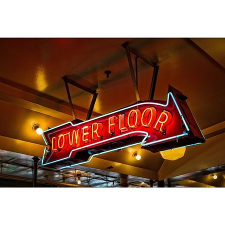 Lower Floor Pikeplace PikePlaceMarket Seattle Signs neon travel latergram
