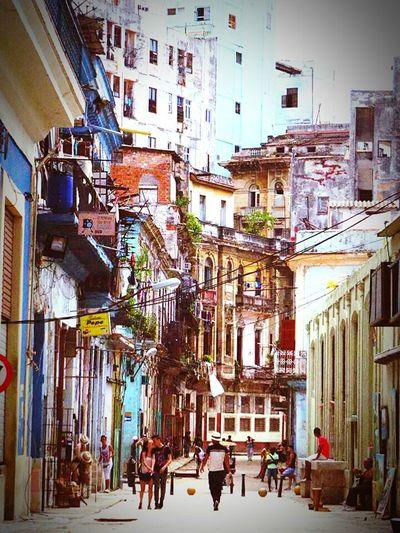Testing EyeEm Cuba Havana Havana Viecha Strolling Summertime Salsa My Dream Came True Moments Happiness First Eyeem Photo